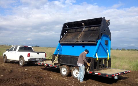 Transporting a topsoil screener is Quick and Safe