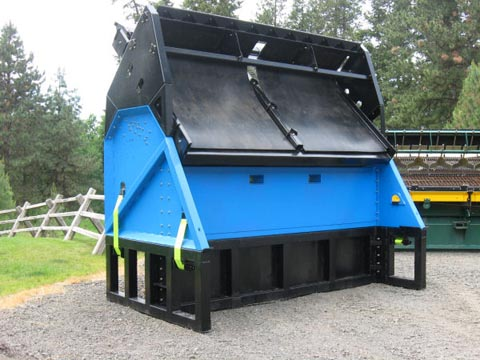 Front View of the large Topsoil Screener SLG-108VFRB